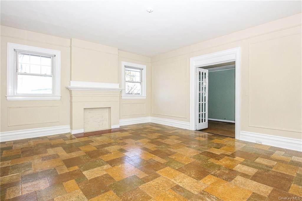 8. Single Family Home for Sale at 22 Hamilton Avenue New Rochelle, New York, 10801 United States