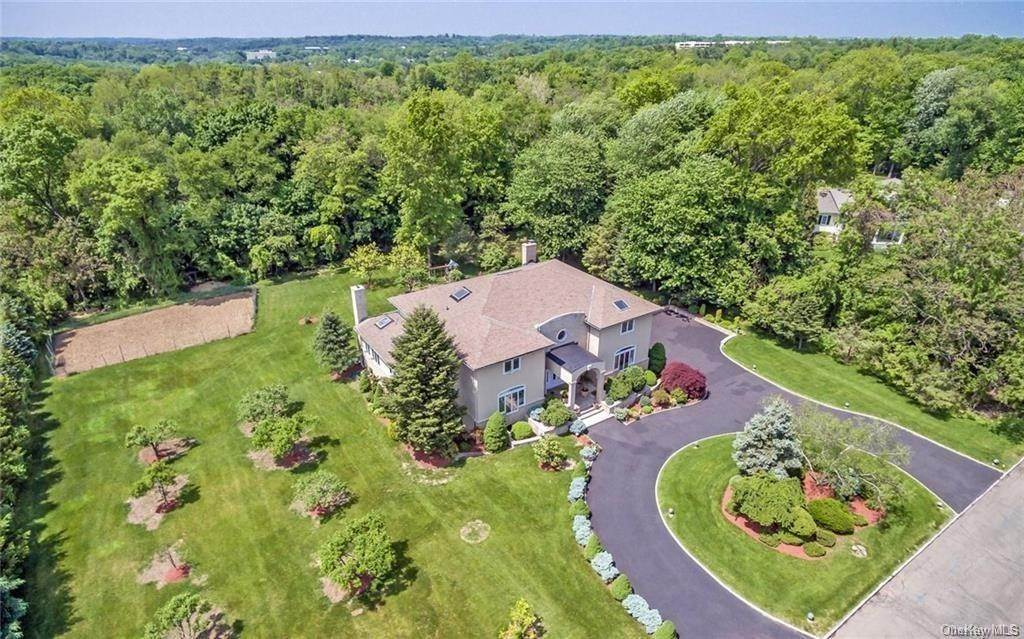 Single Family Home for Sale at 11 Kenilworth Lane Rye, New York, 10580 United States