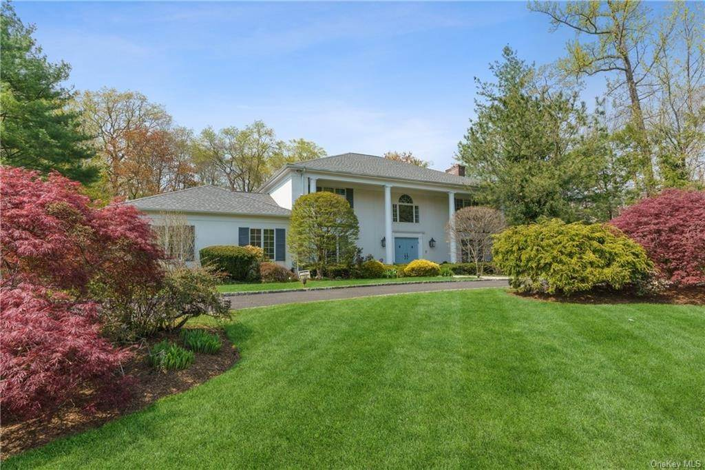 Single Family Home por un Venta en 17 Fenbrook Drive Larchmont, Nueva York, 10538 Estados Unidos