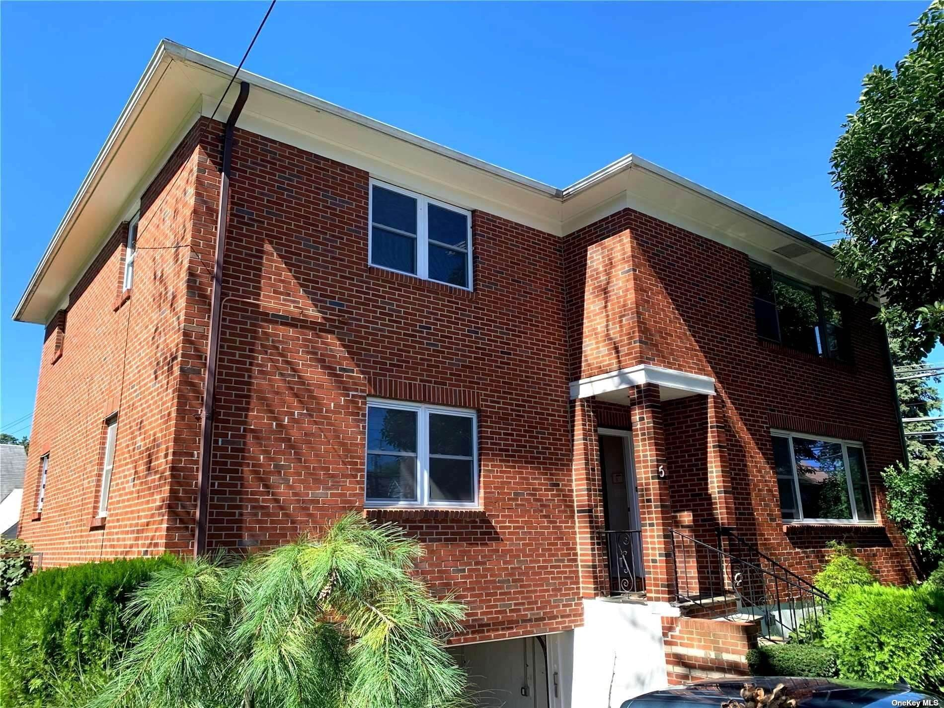 Single Family Home for Sale at 5 Rosedale Avenue New Rochelle, New York, 10801 United States