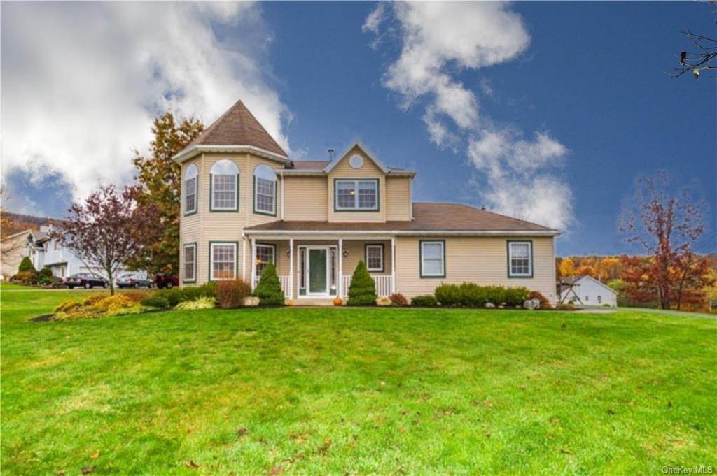 Single Family Home for Sale at 2 Sequoia Trail Highland Mills, New York, 10930 United States