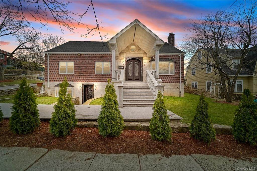Single Family Home for Sale at 812 N Broadway Yonkers, New York, 10701 United States