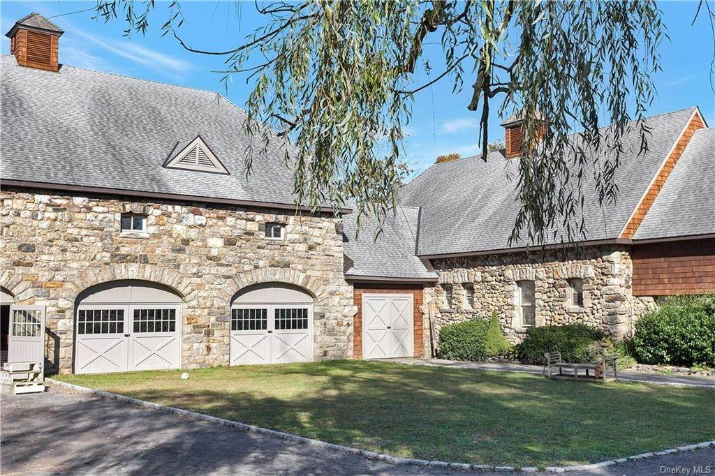 Single Family Home for Sale at 111 Bedford Center Road Bedford Corners, New York, 10507 United States
