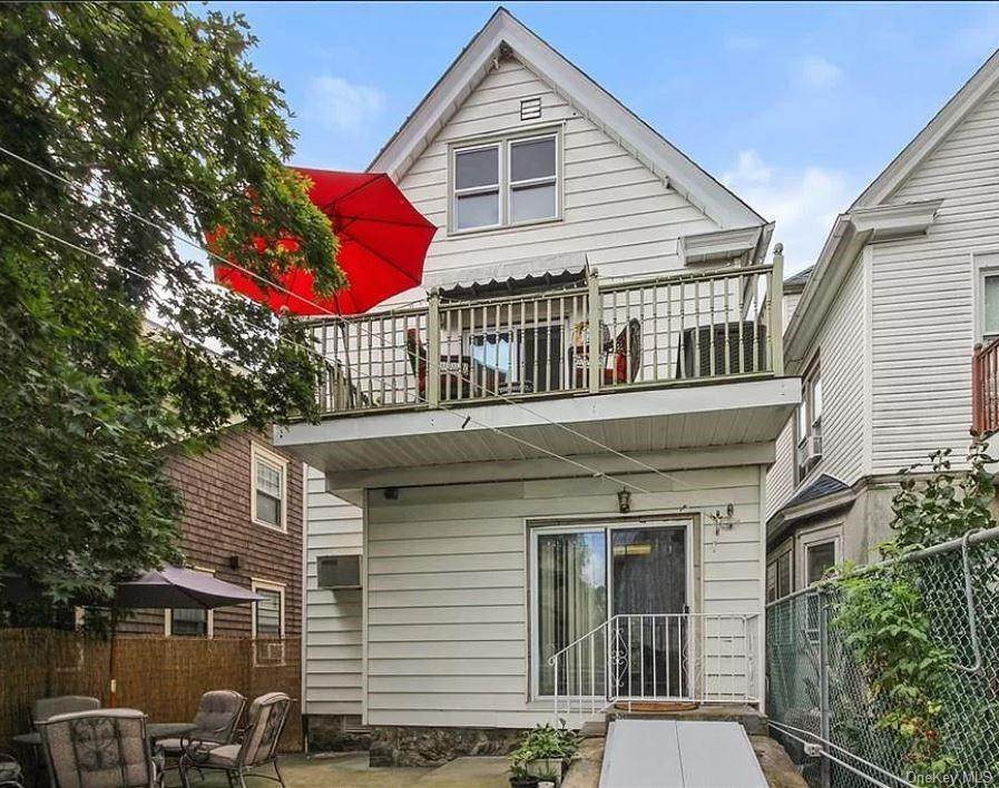Single Family Home for Sale at 17 Grant Street Yonkers, New York, 10704 United States