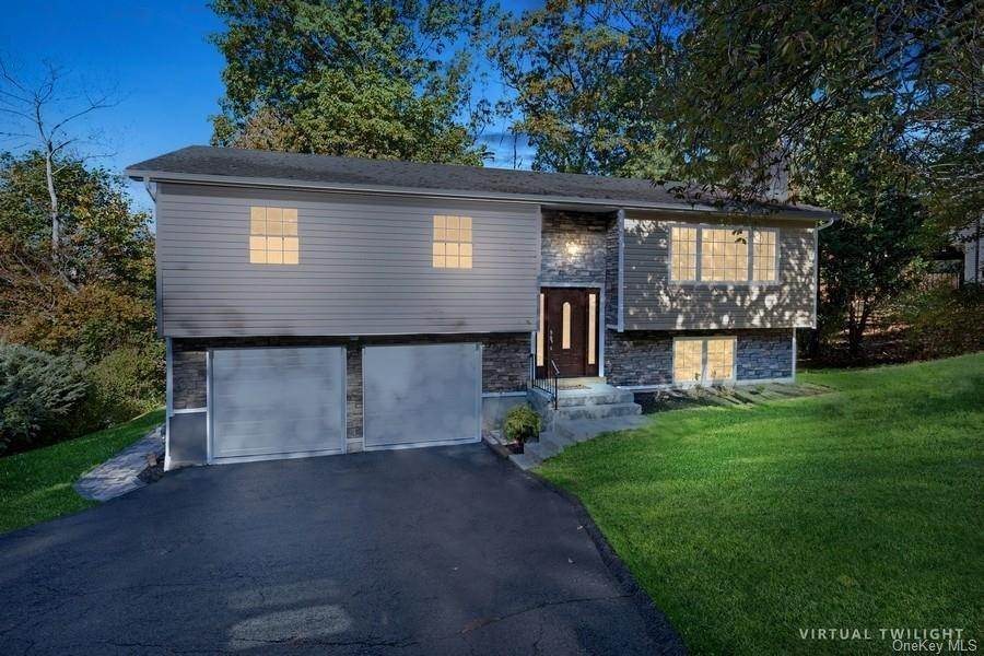 Single Family Home for Sale at 3 S Delaware Drive Nyack, New York, 10960 United States