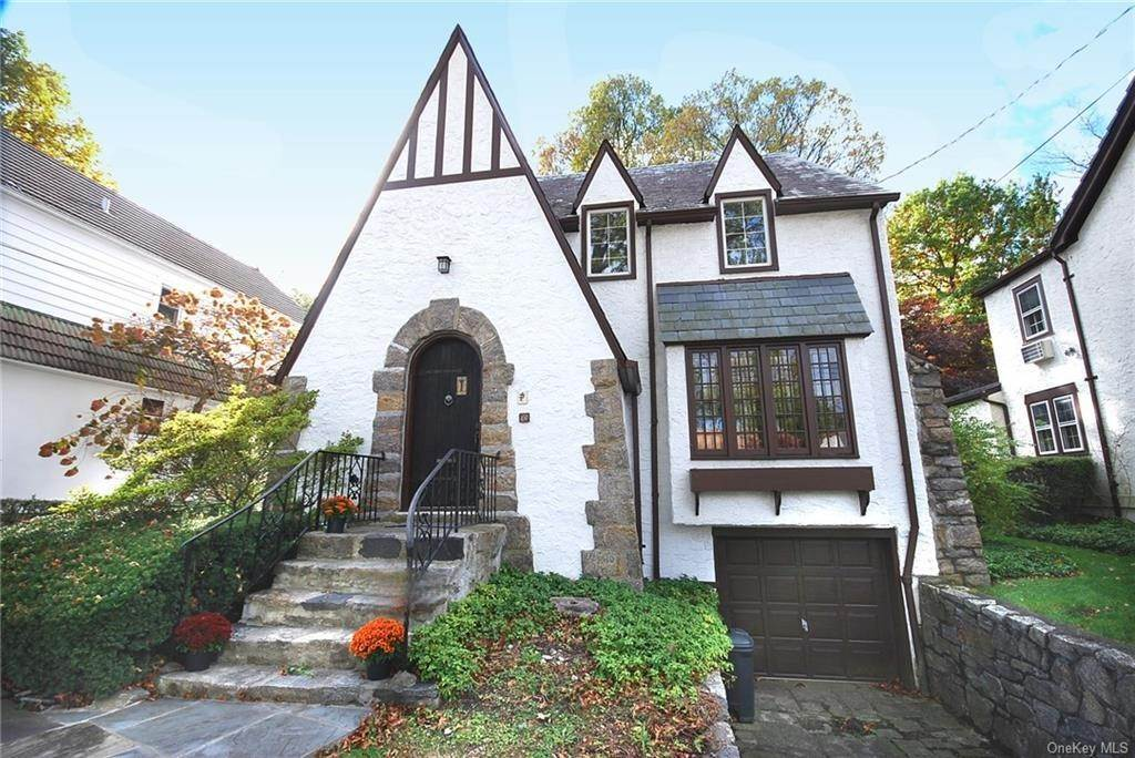 Single Family Home for Sale at 28 Wiltshire Street Bronxville, New York, 10708 United States