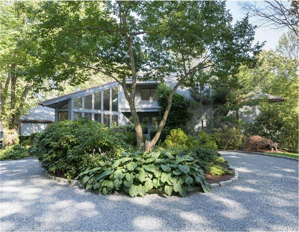 Single Family Home por un Venta en 101 Eastwoods Road Pound Ridge, Nueva York, 10576 Estados Unidos