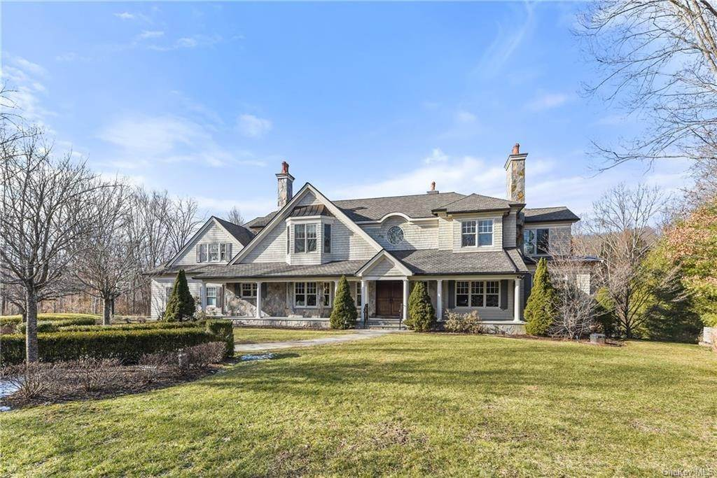 Single Family Home for Sale at 2 Lake View Lane Bedford, New York, 10506 United States