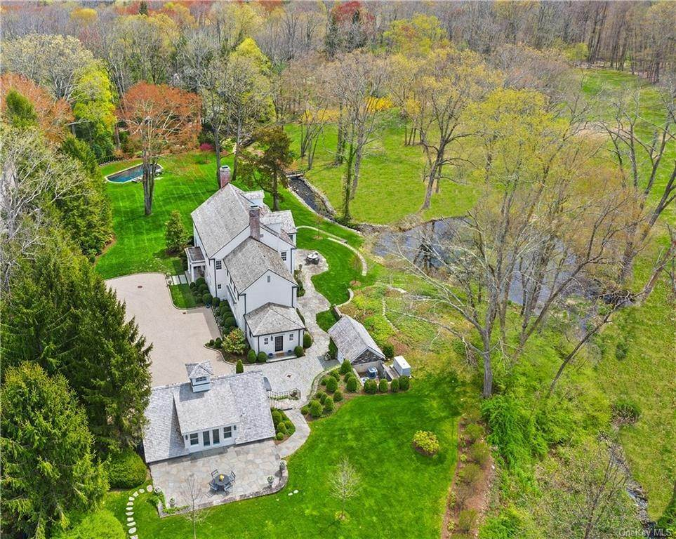 Single Family Home for Sale at 91 Upper Hook Road Katonah, New York, 10536 United States