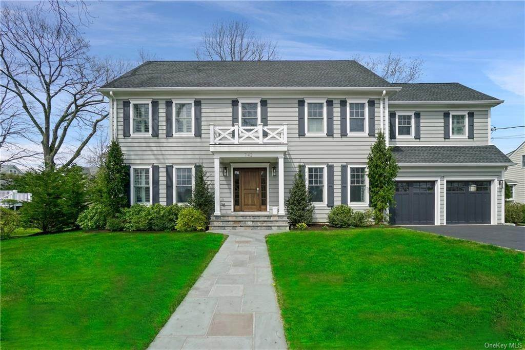 Single Family Home por un Venta en 742 Soundview Drive Mamaroneck, Nueva York, 10543 Estados Unidos