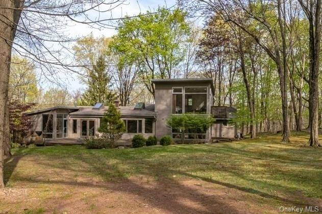 Single Family Home por un Venta en 179 Mcnamara Road Spring Valley, Nueva York, 10977 Estados Unidos
