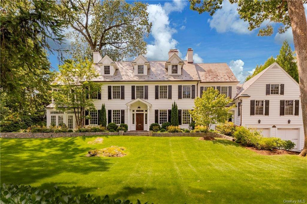 Single Family Home por un Venta en 44 Masterton Road Bronxville, Nueva York, 10708 Estados Unidos
