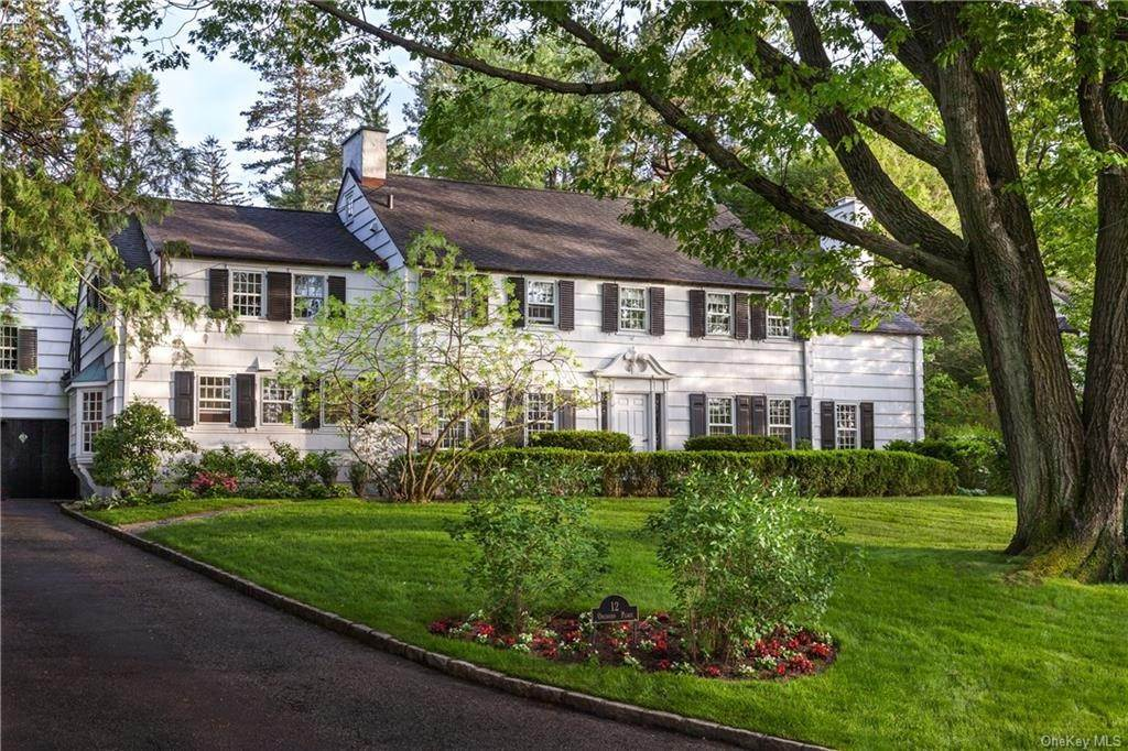 Single Family Home por un Venta en 12 Orchard Place Bronxville, Nueva York, 10708 Estados Unidos