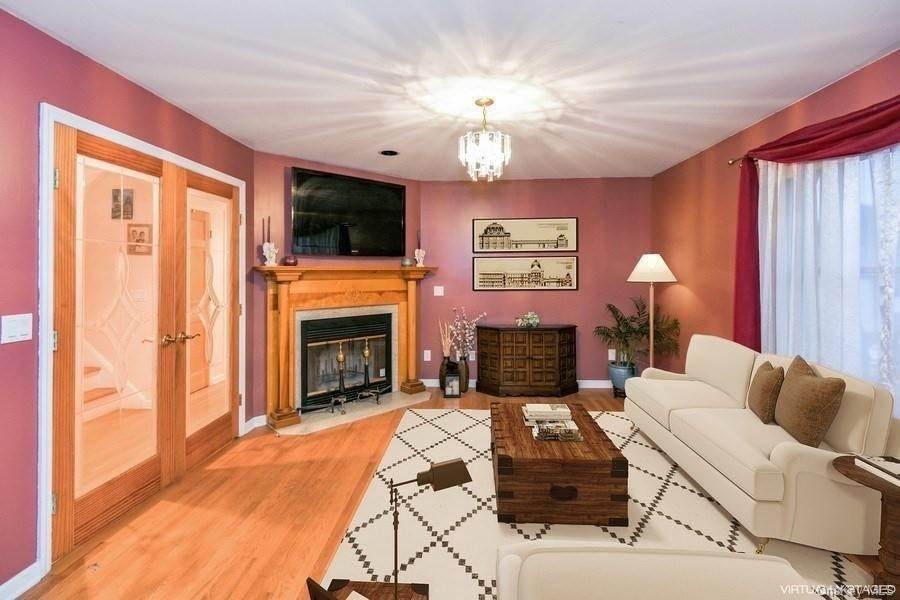 Single Family Home for Sale at 9 Garden Street Ossining, New York, 10562 United States