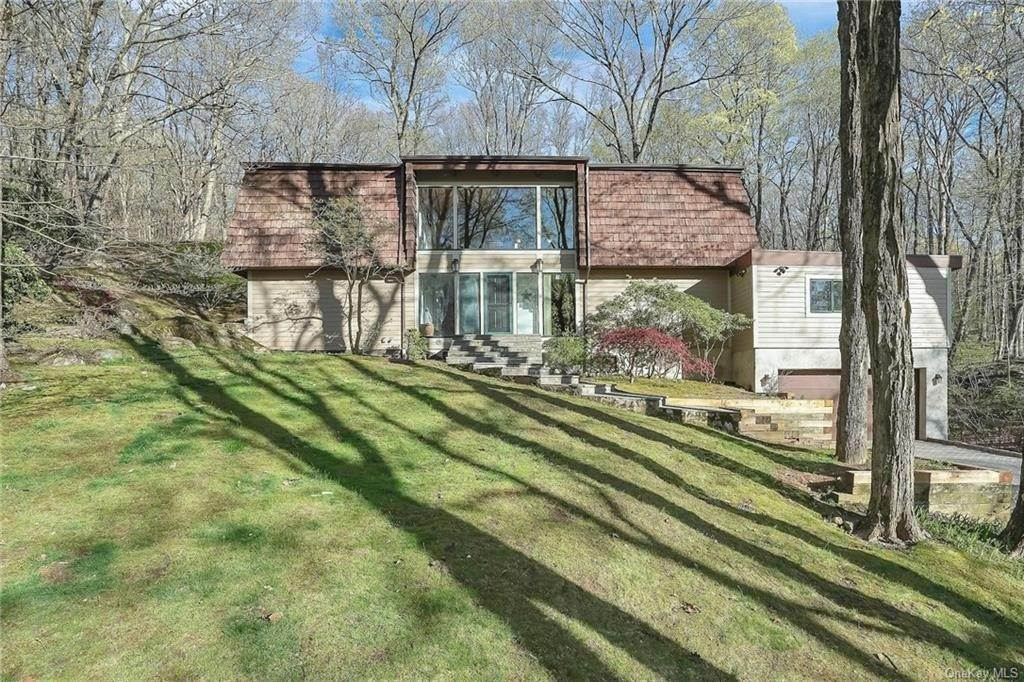 Single Family Home для того Продажа на 247 Washburn Road Briarcliff Manor, Нью-Йорк, 10510 Соединенные Штаты