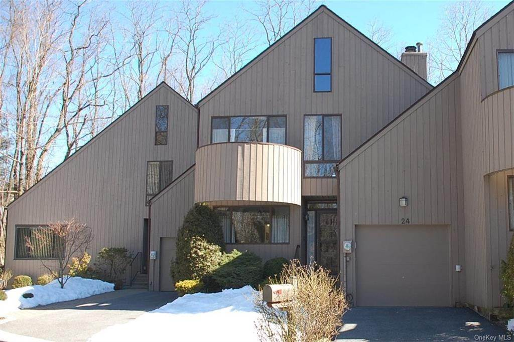 Single Family Home for Sale at 24 Rockhagen Road Thornwood, New York, 10594 United States