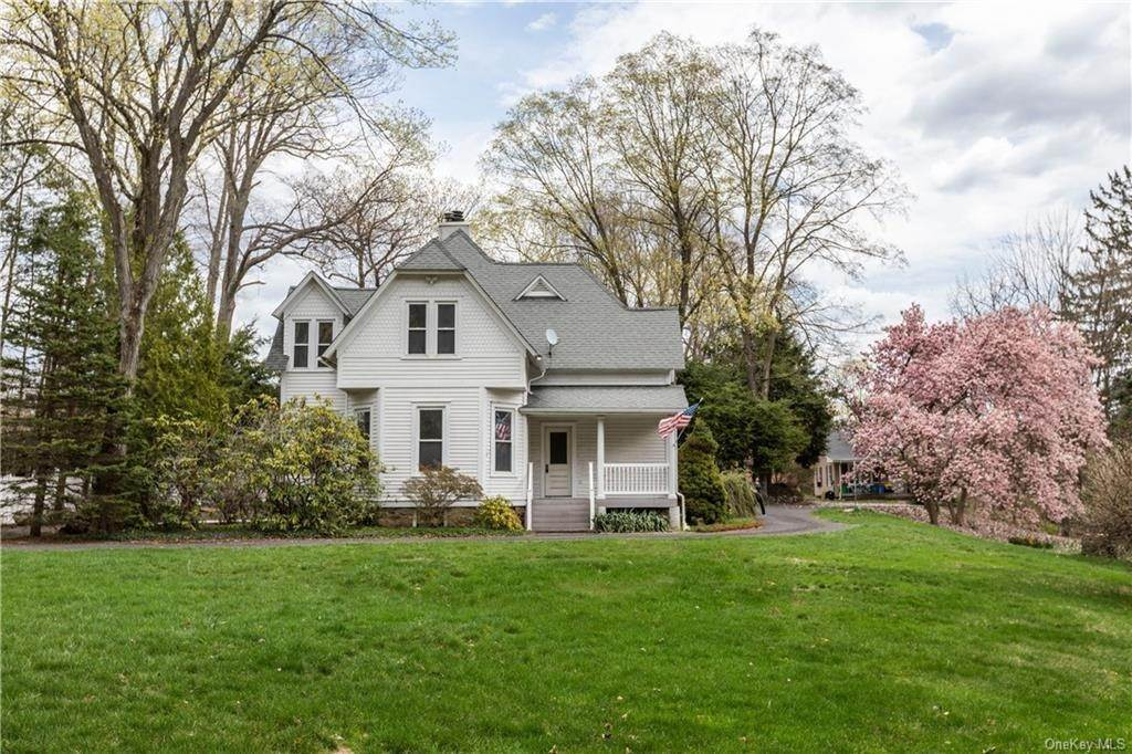 Single Family Home por un Venta en 64 Old Pascack Road Pearl River, Nueva York, 10965 Estados Unidos