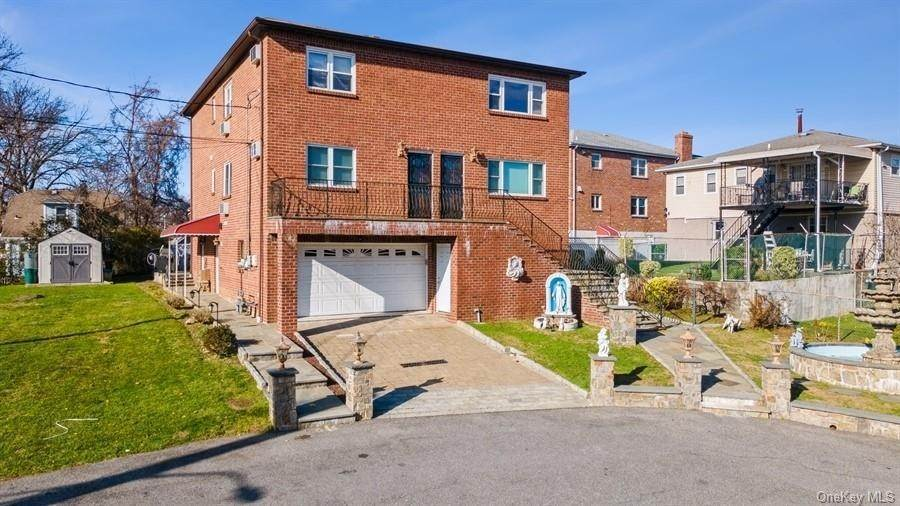 Single Family Home for Sale at 90 Byron Avenue Yonkers, New York, 10704 United States