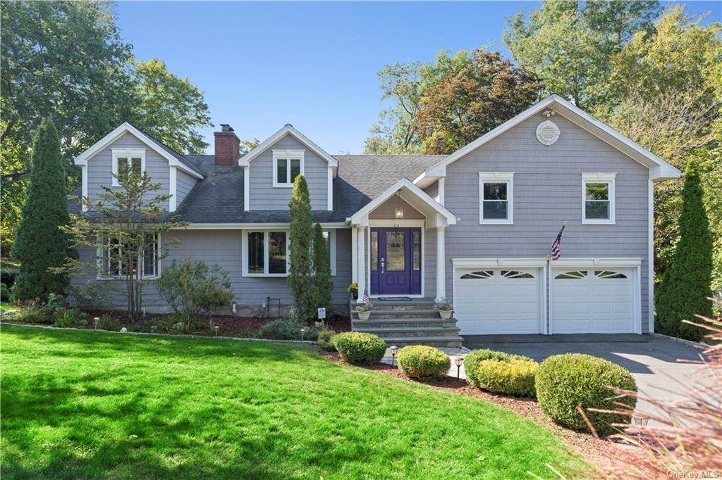 Single Family Home for Sale at 160 Woodlands Avenue White Plains, New York, 10607 United States