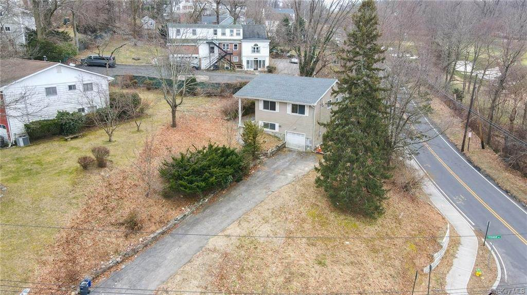 Single Family Home for Sale at 2 Teramar Way White Plains, New York, 10607 United States