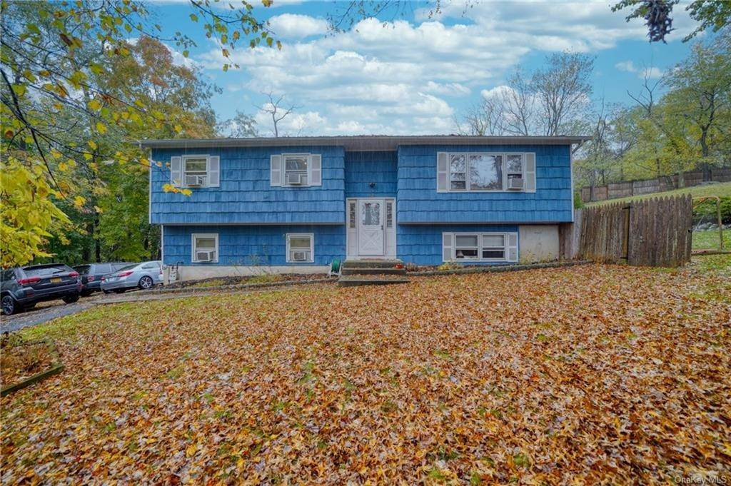 Single Family Home for Sale at 17 Louis Avenue Valley Cottage, New York, 10989 United States