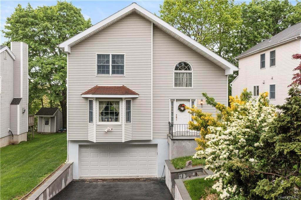 Single Family Home for Sale at 22 Kensington Avenue Thornwood, New York, 10594 United States