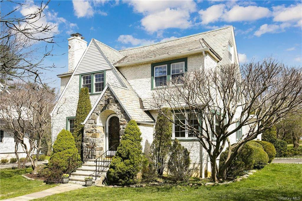 Single Family Home por un Venta en 31 Rugby Lane Scarsdale, Nueva York, 10583 Estados Unidos