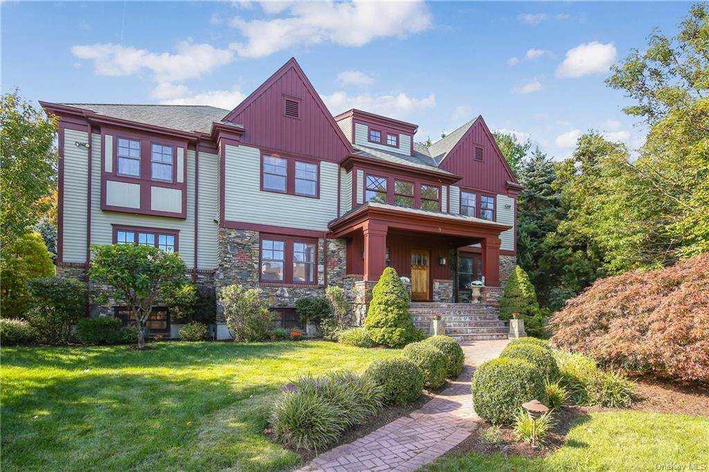 Single Family Home for Sale at 9 Castle Brooke Road West Harrison, New York, 10604 United States