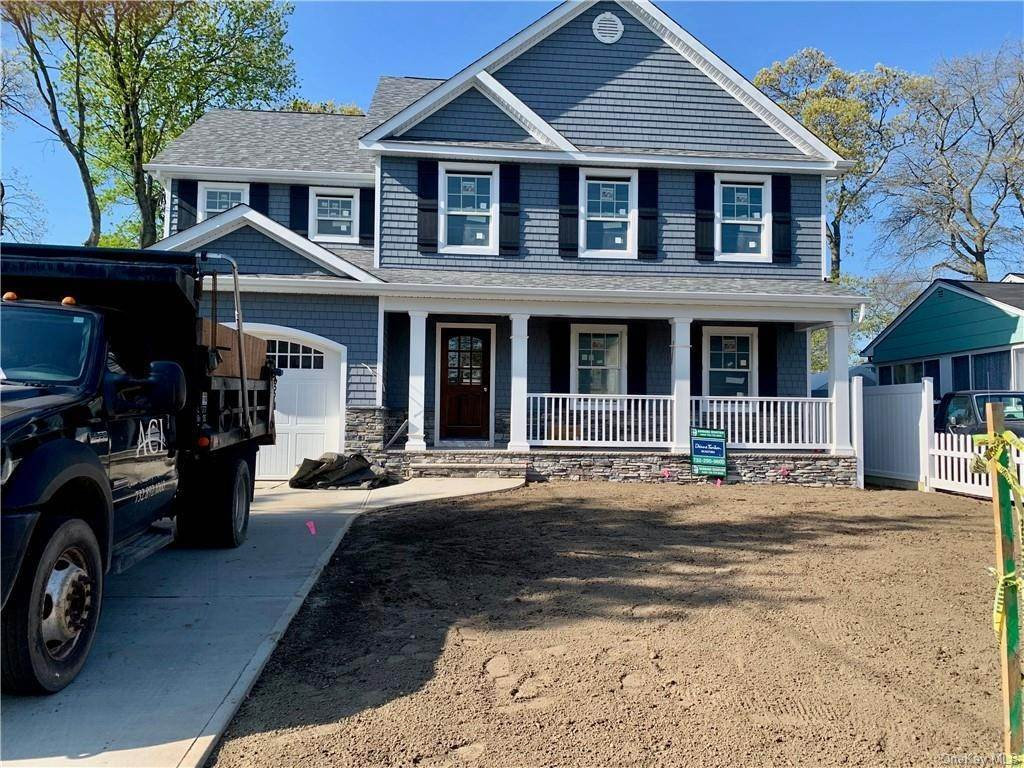 Single Family Home for Sale at 37 Wells Avenue Croton On Hudson, New York, 10520 United States