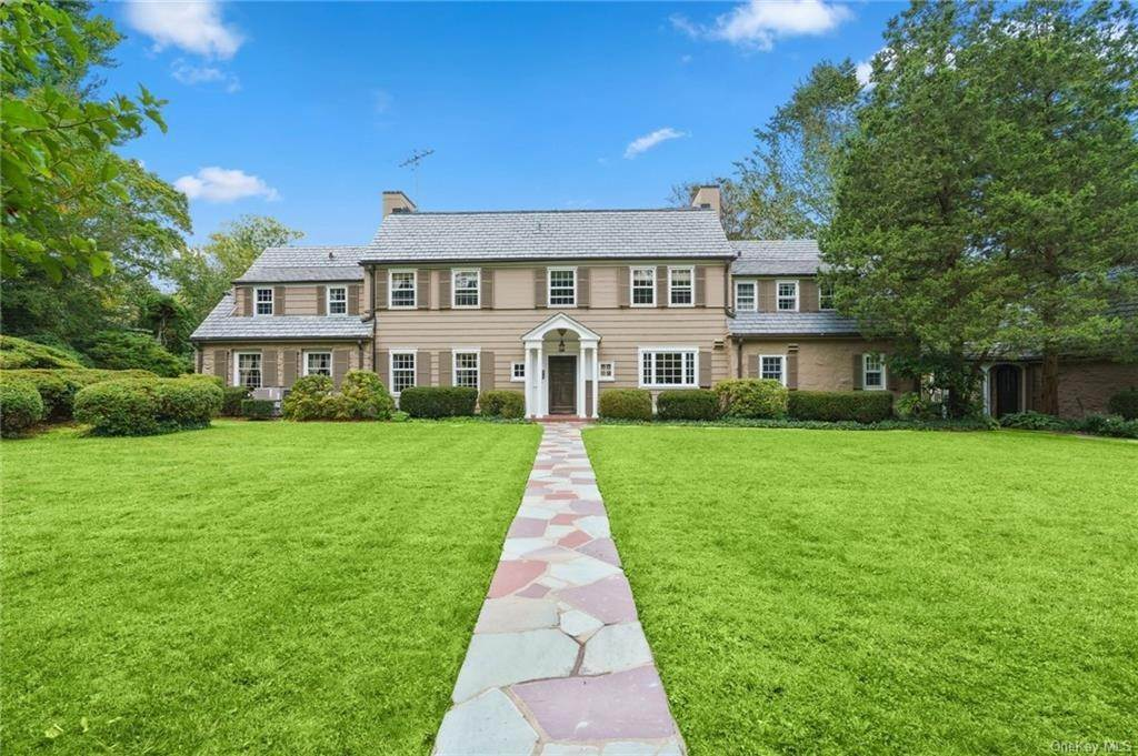 Single Family Home for Sale at 3 Richbell Road Scarsdale, New York, 10583 United States