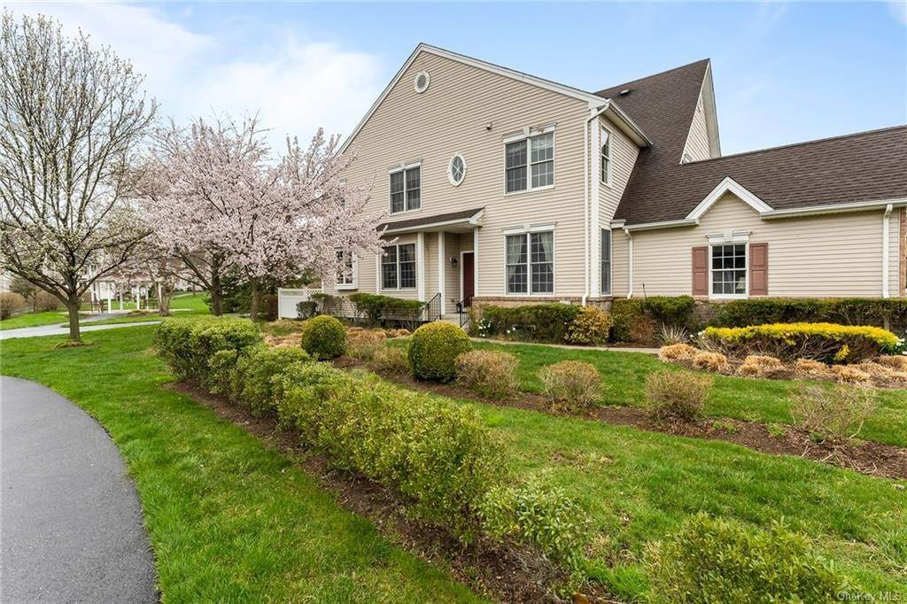 Single Family Home for Sale at 13 Chiusa Lane Cortlandt Manor, New York, 10567 United States