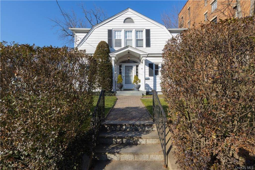 Rental Communities for Rent at 16 Meadow Avenue Bronxville, New York, 10708 United States