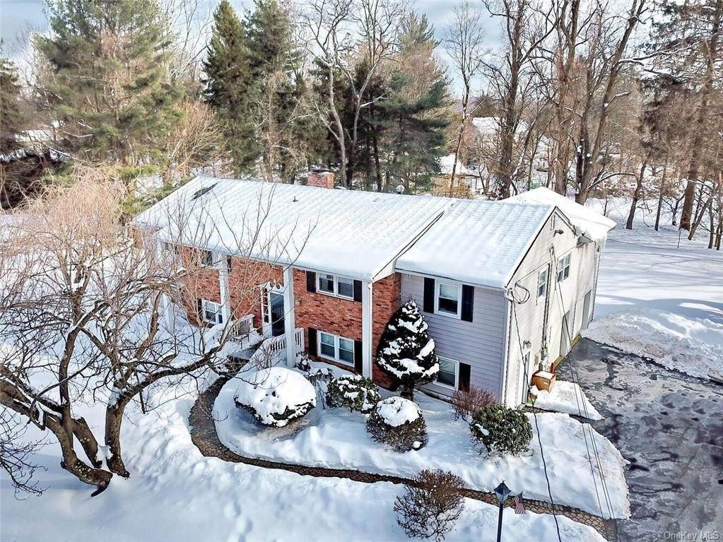 Single Family Home for Sale at 4 Tammy Road Spring Valley, New York, 10977 United States