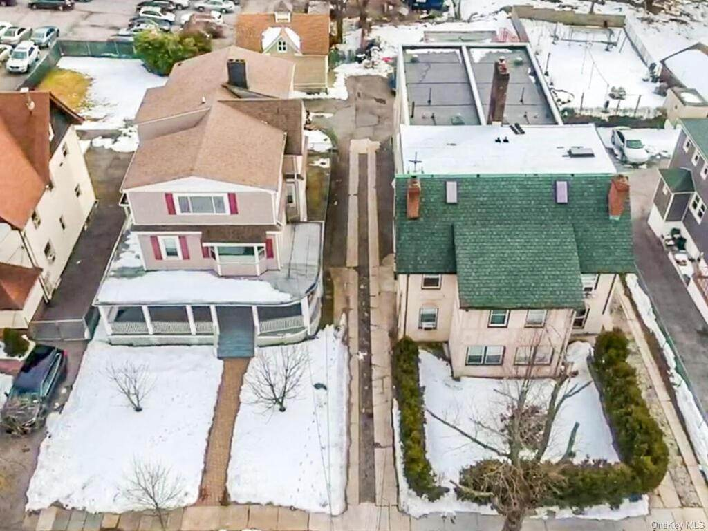 Single Family Home for Sale at 160-164 Elm Avenue Mount Vernon, New York, 10550 United States