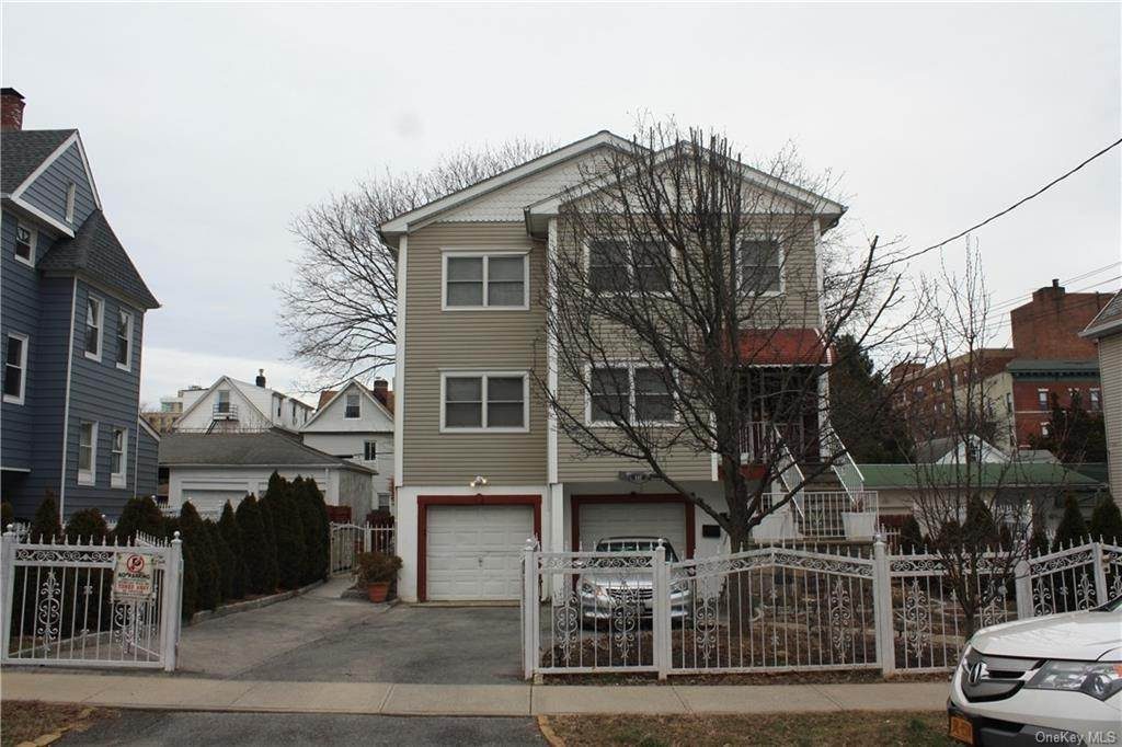 Single Family Home for Sale at 117 N 7th Avenue Mount Vernon, New York, 10550 United States