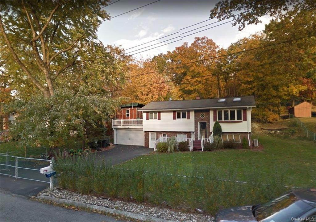Single Family Home for Sale at 9 Kingsville Drive Monroe, New York, 10950 United States