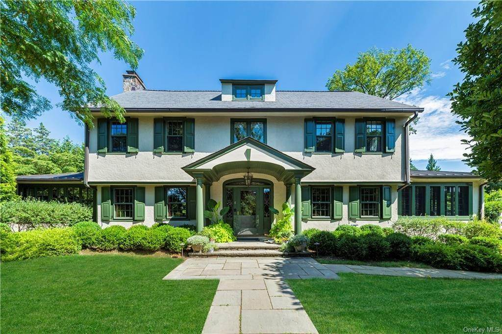Single Family Home for Sale at 6 Leonard Road Bronxville, New York, 10708 United States