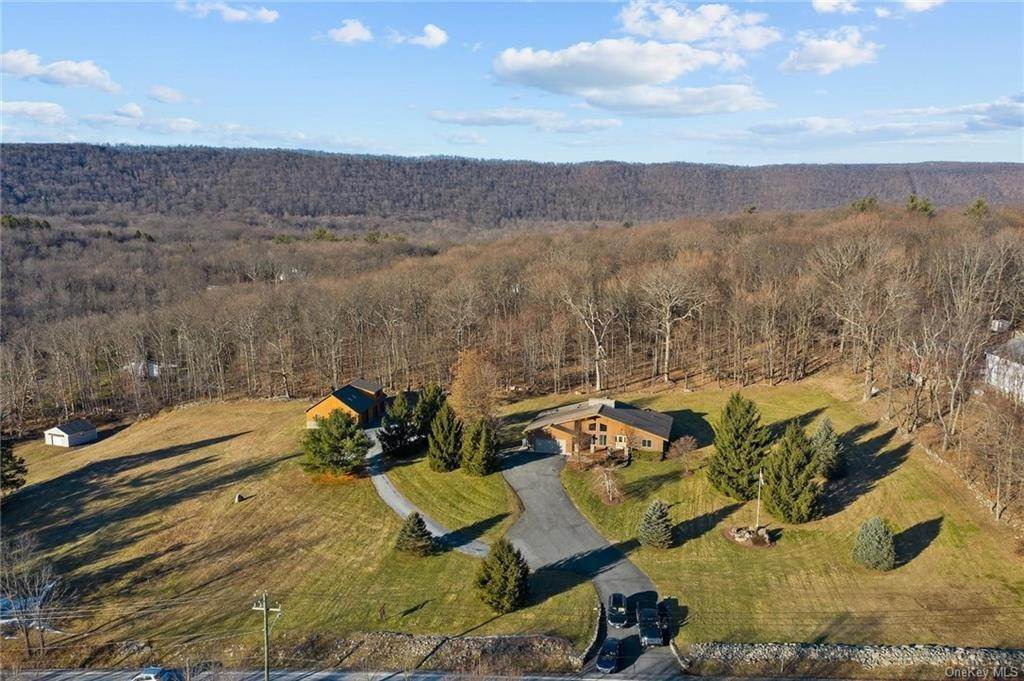 Single Family Home for Sale at 138 Seven Springs Road Highland Mills, New York, 10930 United States