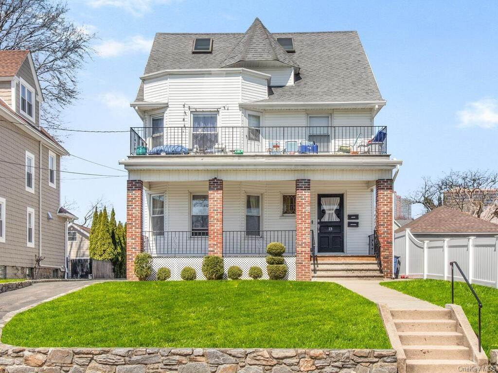Single Family Home por un Venta en 13 Hanford Avenue New Rochelle, Nueva York, 10805 Estados Unidos