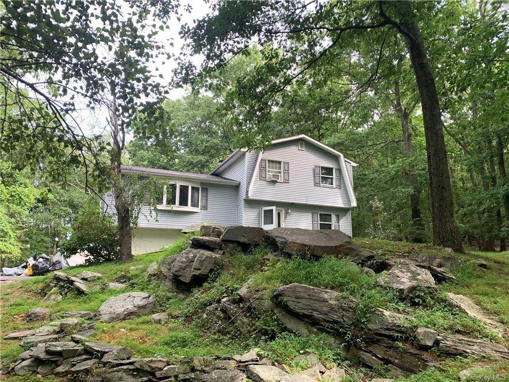 Single Family Home for Sale at 248 Seven Springs Mountain Road Monroe, New York, 10950 United States