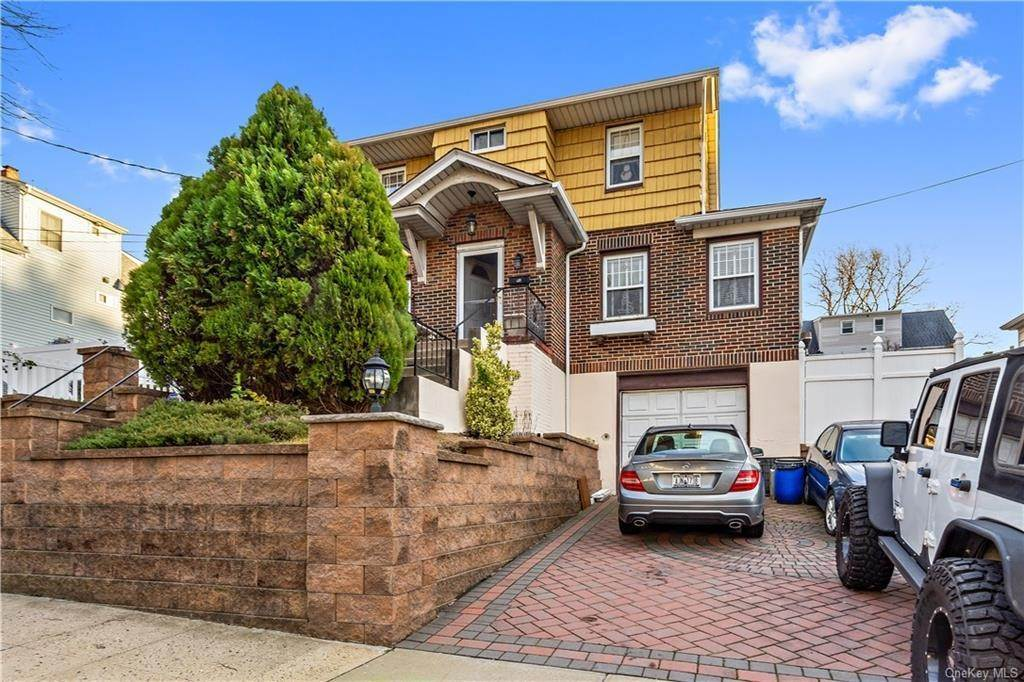 Single Family Home for Sale at 12 Hill Terrace Yonkers, New York, 10701 United States