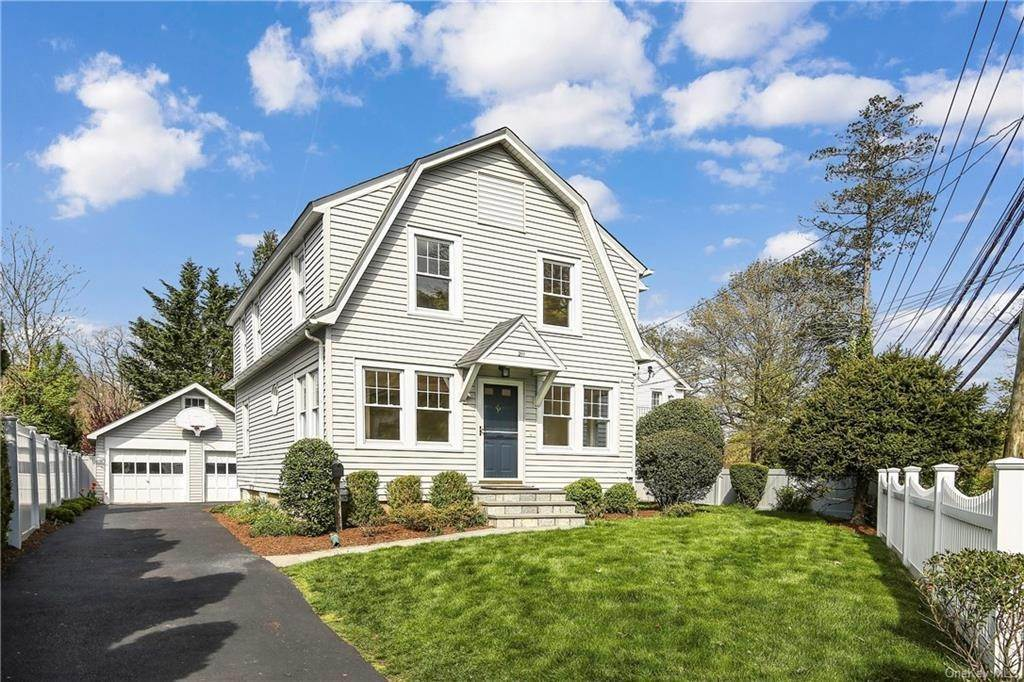 Single Family Home for Sale at 211 Oakland Beach Avenue Rye, New York, 10580 United States