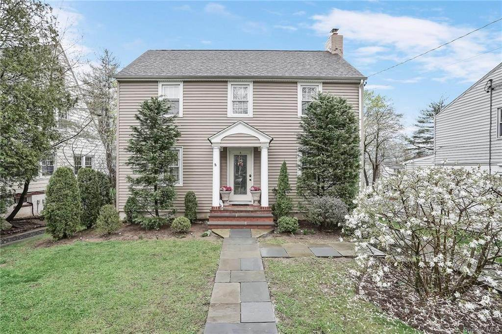 Single Family Home for Sale at 20 Deerfield Avenue Eastchester, New York, 10709 United States