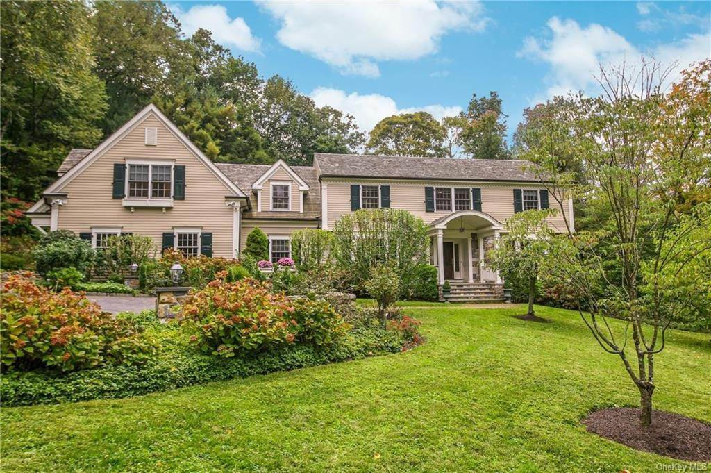 Single Family Home for Sale at 24 Cowdin Circle Chappaqua, New York, 10514 United States