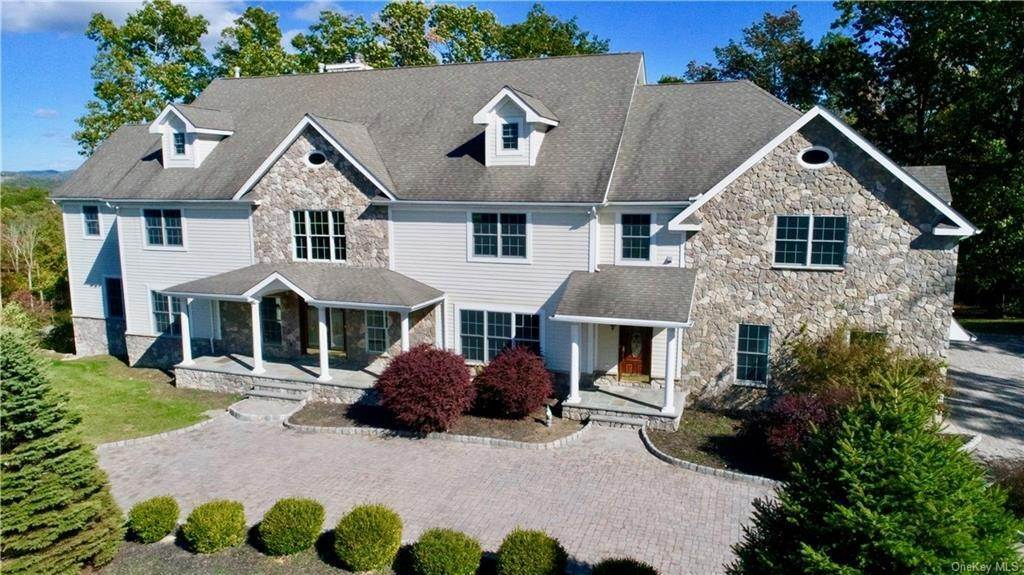 Single Family Home for Sale at 51 Juniper Terrace Tuxedo Park, New York, 10987 United States