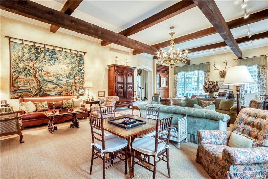 Single Family Home for Sale at 29 Serpentine Road Tuxedo Park, New York, 10987 United States