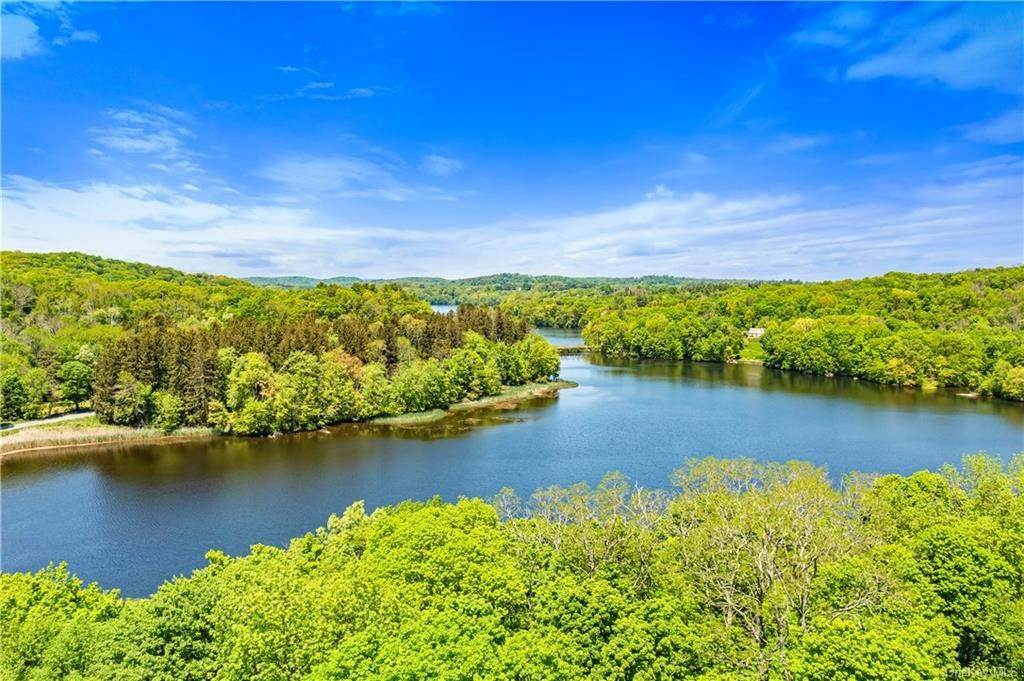 Single Family Home for Sale at 64 Schildbach Road Pound Ridge, New York, 10576 United States