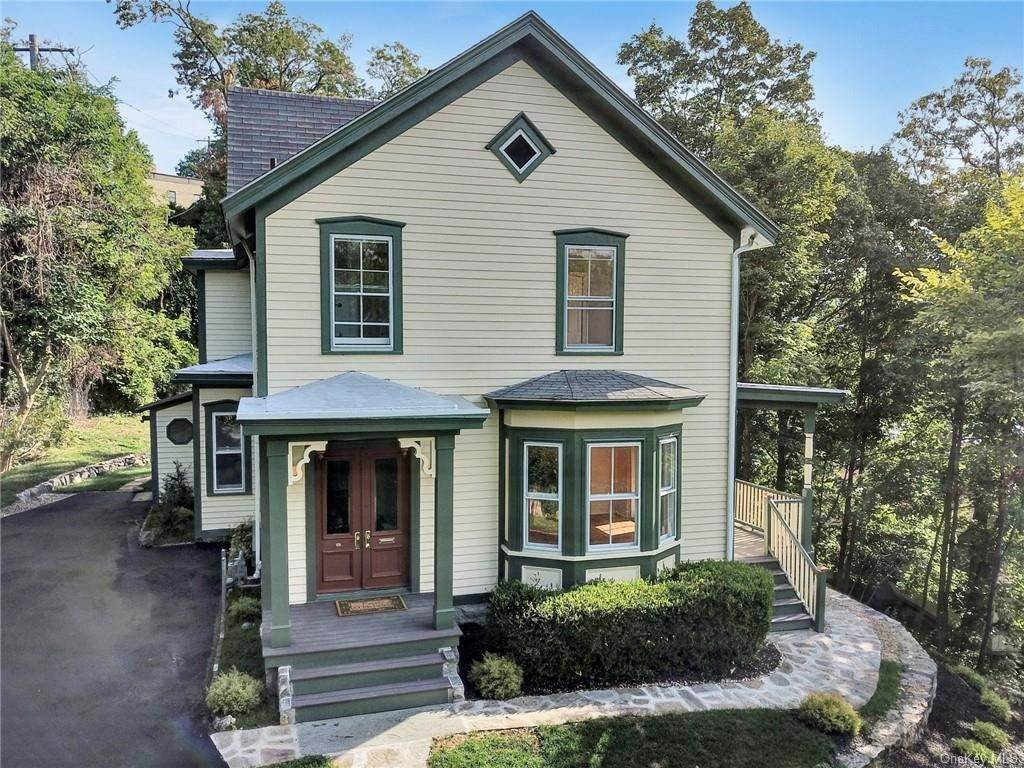 Single Family Home for Sale at 25 Webb Lane Highland Falls, New York, 10928 United States