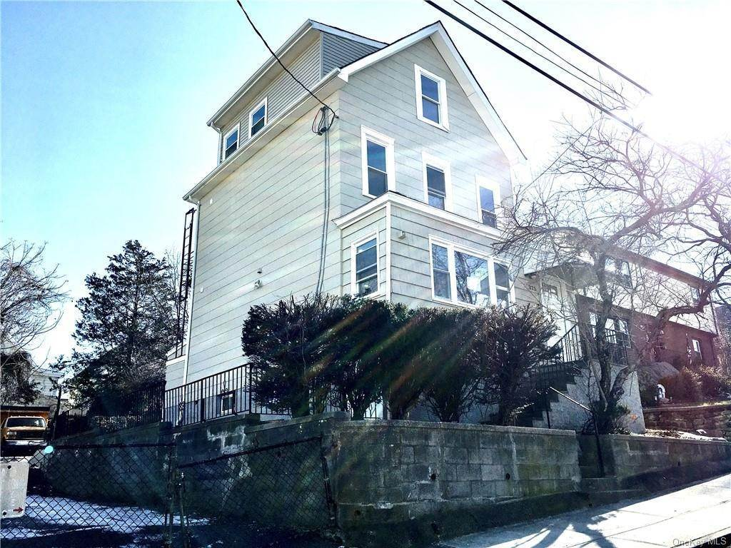 Single Family Home for Sale at 325 Locust Street Mount Vernon, New York, 10550 United States