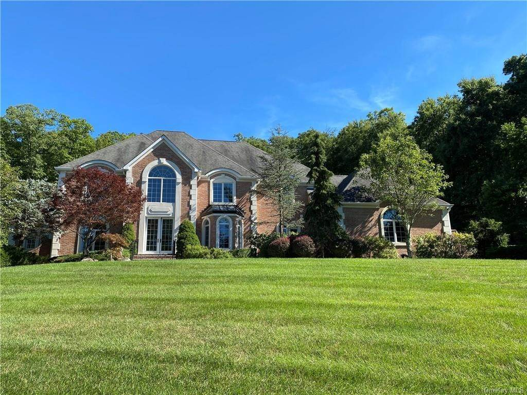Single Family Home for Sale at 29 Helmstown Court Tuxedo Park, New York, 10987 United States